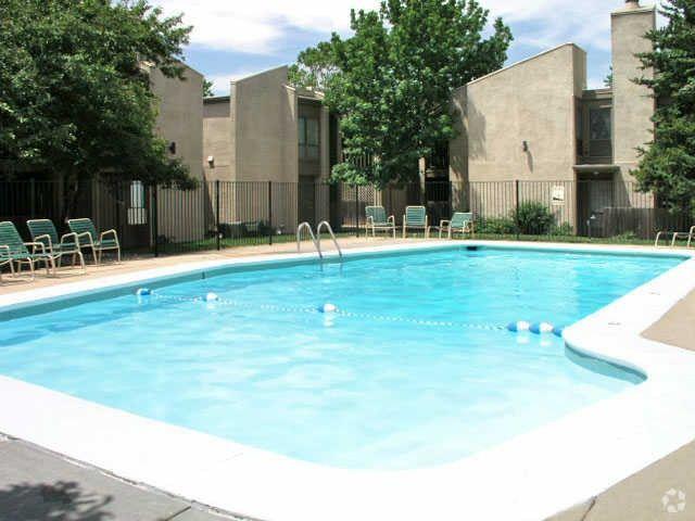 505 N Rock Rd, Wichita, KS 67206 - 505 N Rock Rd, Wichita, KS 67206 - Realtor.com®
