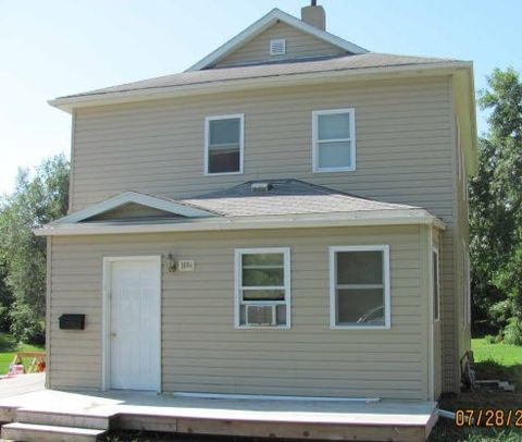 Photo of 1604 5th Ave Apt 3, Grinnell, IA 50112