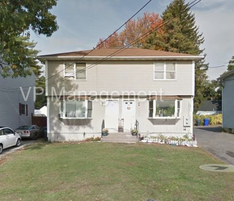 176 Tremont St, Springfield, MA 01104