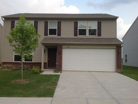 Photo of 8111 Retreat Ln, Indianapolis, IN 46259