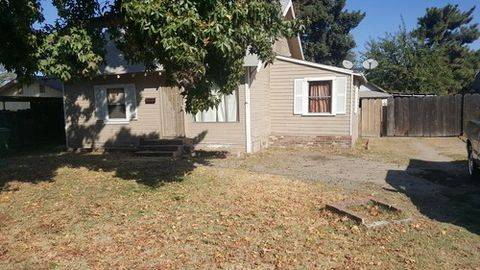 567 High St, Turlock, CA 95380