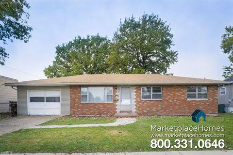 1105 Greenwood St, Madison, IL 62060