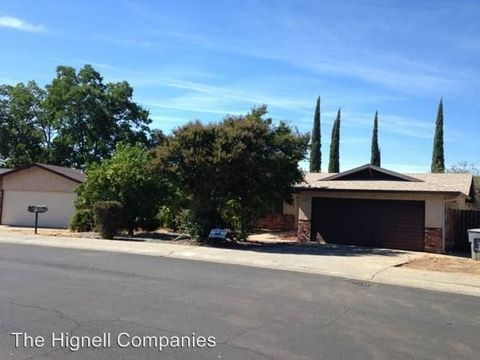 115 Flying Cloud Dr, Oroville, CA 95965