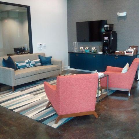 801 N Bishop Ave, Dallas, TX 75208 - realtor.com®