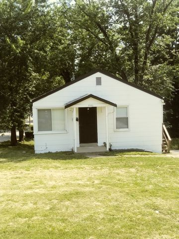 2538 Main St, Jennings, MO 63136