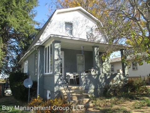 120 W Hilltop Rd, Baltimore, MD 21225