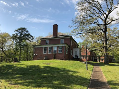 Photo of 500 N Thomas Rd, Fort Oglethorpe, GA 30742