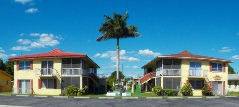 Photo of 237 Cape Coral Pkwy E, Cape Coral, FL 33904