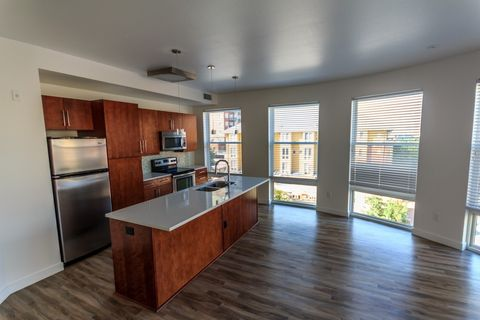 Photo Of 444 E 19th Ave Denver Co 80203 Apartment For Rent