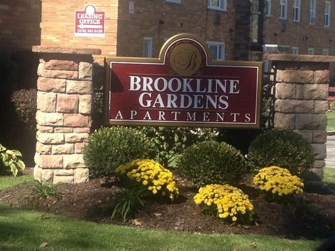 Photo of 1348 Brookline Rd, Cleveland, OH 44121