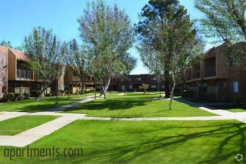 Photo of 37945 30th St E, Palmdale, CA 93550