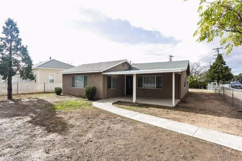 Photo of 885 N California Ave, Beaumont, CA 92223