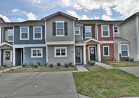 Photo of 315 River Clay Rd, Fort Mill, SC 29708