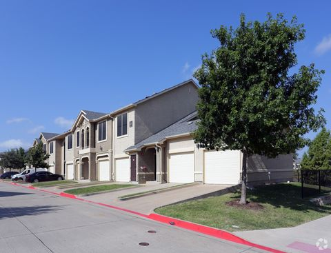 Photo of 1650 S John King Blvd, Rockwall, TX 75032