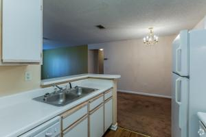 Apartments for Rent at Bradford Park Apartments - 6121 Airways ...