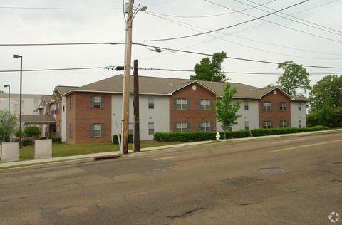 Photo of 334 Josanna St, Jackson, MS 39202