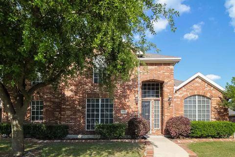 Photo of 6502 Amesbury Ln, Rowlett, TX 75089