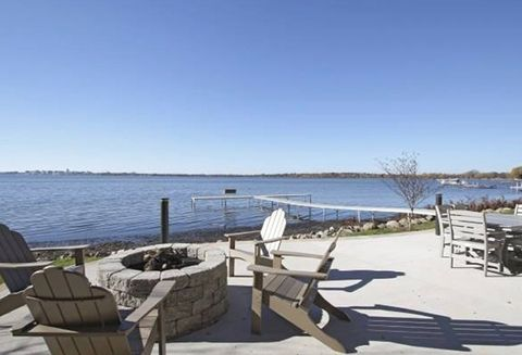 Photo of 4033 Monona Dr, Monona, WI 53716