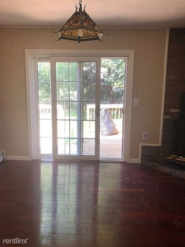 Photo Of 81 Dean St Stamford Ct 06902 Apartment For Rent