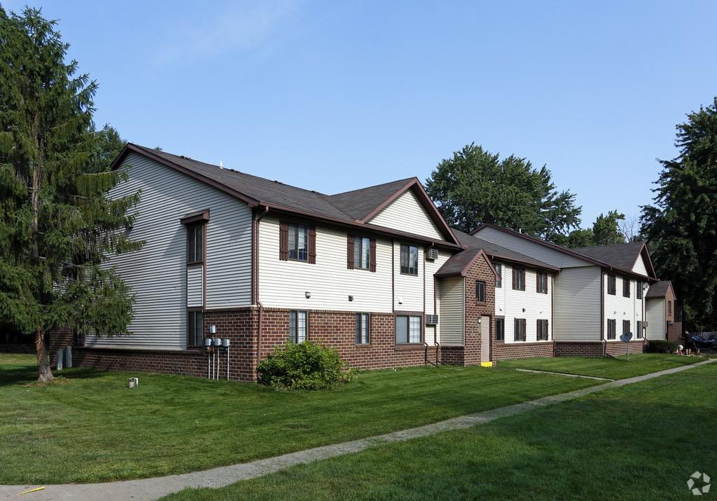 WoodRidge Apartments and Townhomes