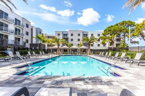 1220 Ne 24th St, Fort Lauderdale, FL 33305