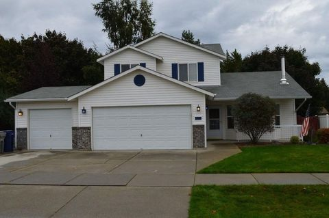 Photo of 9154 N Entiate Dr, Hayden, ID 83835