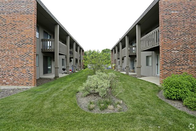 Condo for rent 255 n addison ave apt 324 elmhurst il for 17 west 720 butterfield road oakbrook terrace il 60181