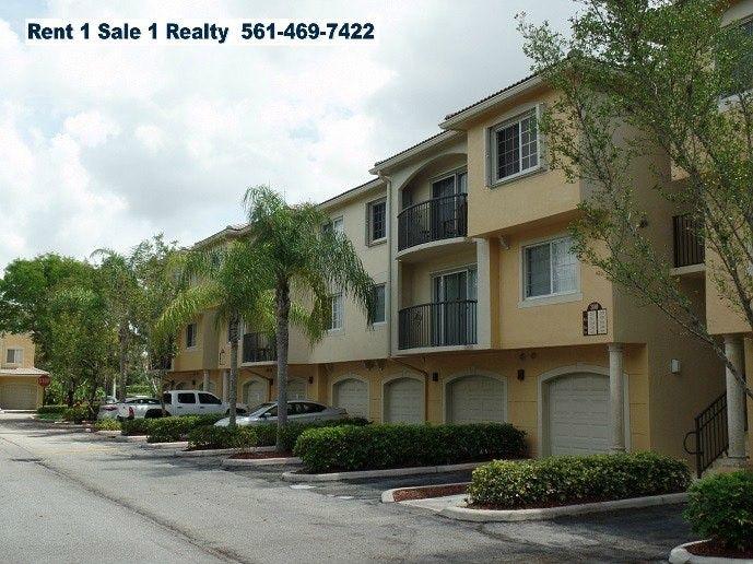 1700 Crestwood Ct S, Royal Palm Beach, FL 33411