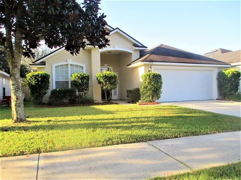 Photo of 2372 Creekfront Dr, Green Cove Springs, FL 32043