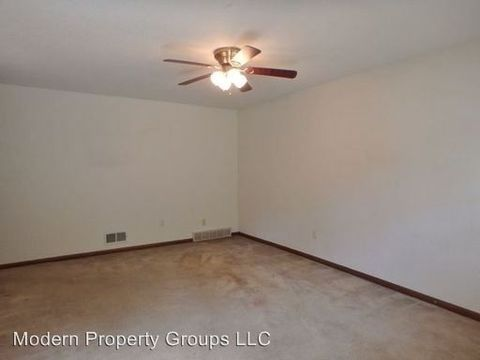 Photo Of 1605 1607 Radcliffe Dr Columbia Mo 65203 Apartment For Rent