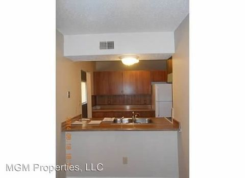 Photo of 2724 27th St, Great Bend, KS 67530