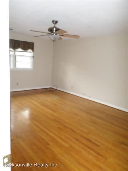 1308 sioux dr jacksonville nc 28540 for Hardwood floors jacksonville nc
