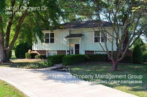 34150 Orchard Dr, De Soto, KS 66018