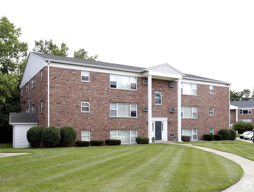 Nobb Hill Apartments