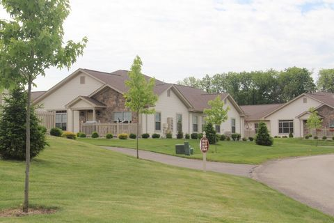 Photo of 6967 Nw Wales Crossing St, North Canton, OH 44720