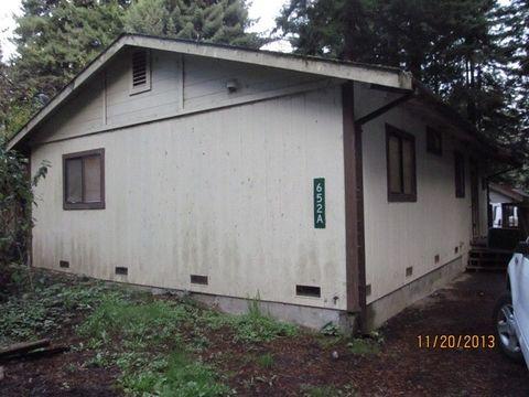 652 Grotzman Rd, Arcata, CA 95521