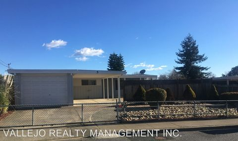Photo of 5 Joan Dr, American Canyon, CA 94503