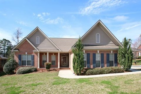 Photo of 2001 Chandler Forest Ct, Indian Trail, NC 28079