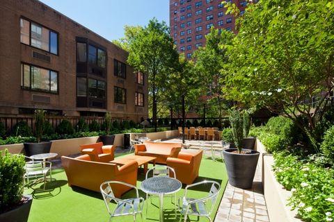 Photo of 101 W 90th St, New York, NY 10024