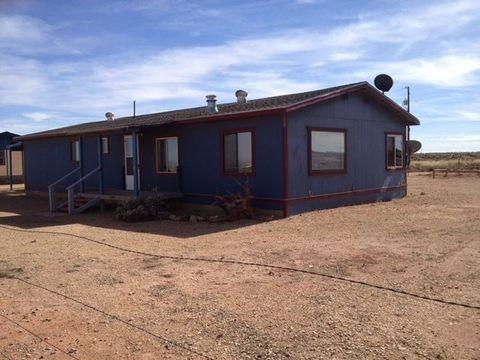 4669 Cherry Hills Dr, Winslow, AZ 86047