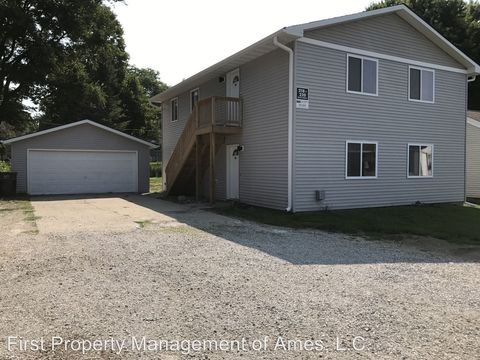 Photo of 218 S Dakota Ave, Ames, IA 50014