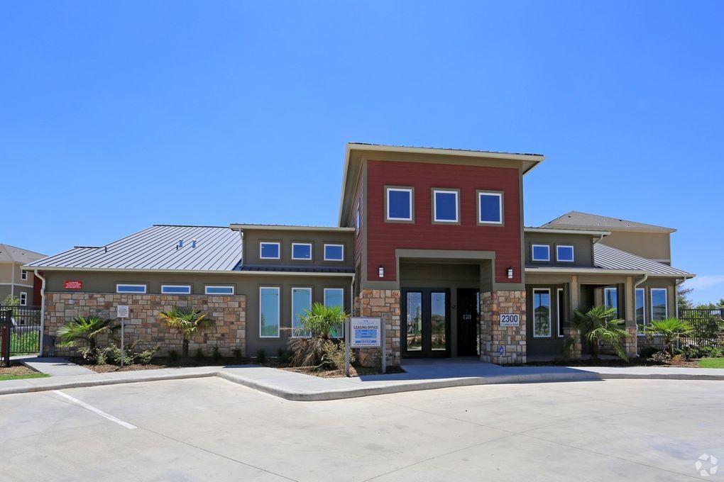 2300 S Lamesa Rd, Midland, TX 79701