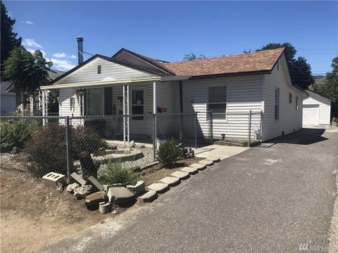 Photo of 1006 Amherst Ave, Wenatchee, WA 98801