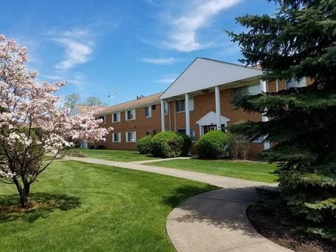 Photo of 4129 Greenvale Rd, South Euclid, OH 44121