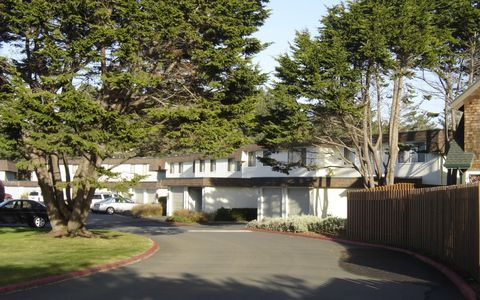 Photo of 521 Cypress St, Fort Bragg, CA 95437