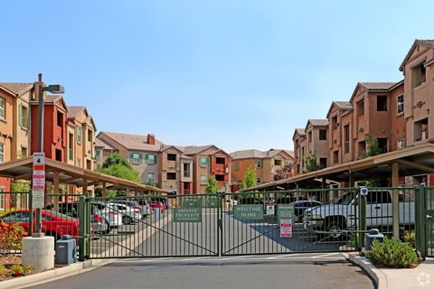 Astonishing Reno Nv Apartments For Rent Realtor Com Interior Design Ideas Inamawefileorg