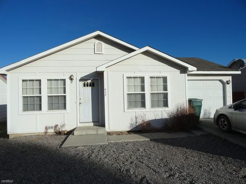 932 A St, Delta, CO 81416