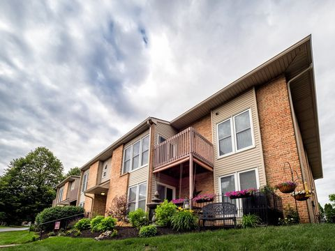 Photo of 160 Brookfield Cir, Macungie, PA 18062