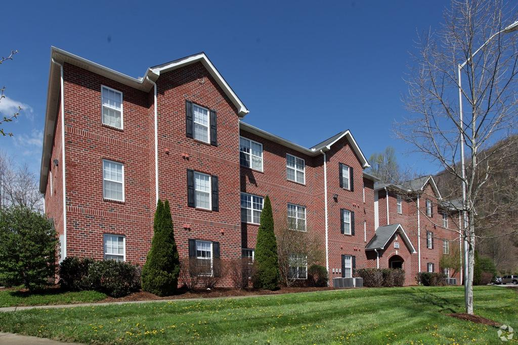 Mountaineer Village Student Apartments