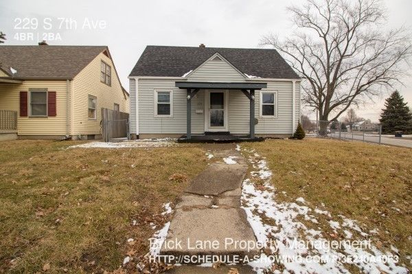 229 S 7th Ave, Beech Grove, IN 46107